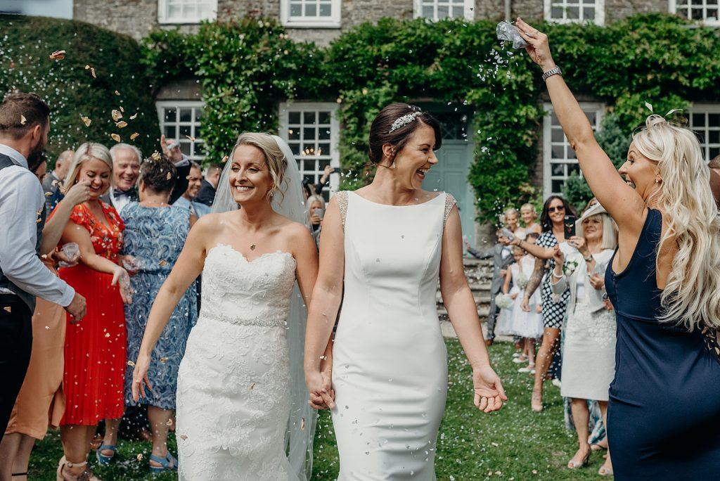 Kingston Estate Wedding Photography A Relaxed Garden Wedding